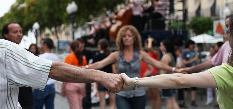 L'Agrupació Sardanista d'Arenys de Munt organitza un nou curset per aprendre a ballar sardanes