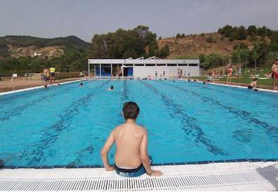 La temporada de piscina és bona, malgrat les mesures per prevenir la covid-19