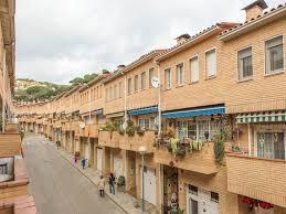 Una veïna de Ca l'Aranyó demana públicament més vigilància policial a causa dels robatoris que han patit darrerament