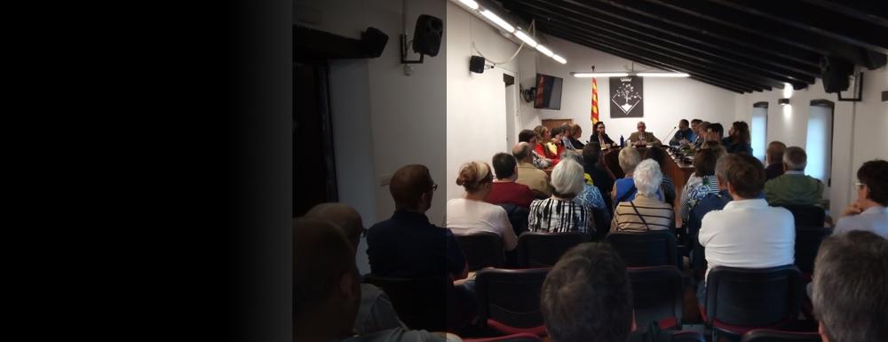 Arenys de Munt rebutja la sentència del Suprem, reclama l'amnistia pels presos polítics i defensa el dret a l'autodeterminació